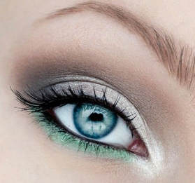 Iridescent eye shadow looks for spring and summer pastel purple light green sparkly white eye makeup for inner corners and under brow bone to brighten eyes how to not look tired Mattify cosmetics long lasting eye makeup for oily eye lids with built in primer to absorb oil
