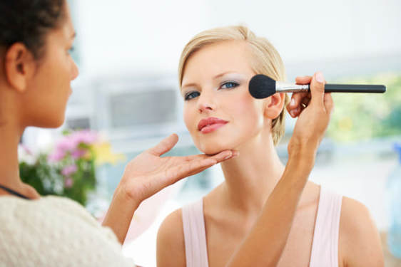 makeup artist tips how to apply face powder on oily skin mattify cosmetics oil absorbent powder as primer for acne prone skin products