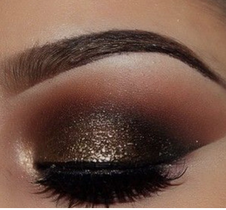 Sparkly brown eye shadow looks for the holidays winged eye liner Mattify cosmetics long lasting eye makeup for oily eye lids matte brown shiny gold natural eyeshadow that doesn't crease