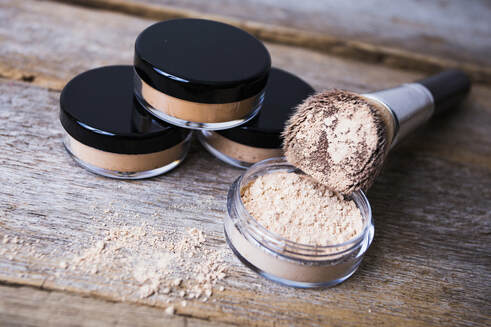 natural foundation for oily skin long lasting makeup for acne prone skin mattify cosmetics bismuth-free mica-free face powder that absorbs oil all day